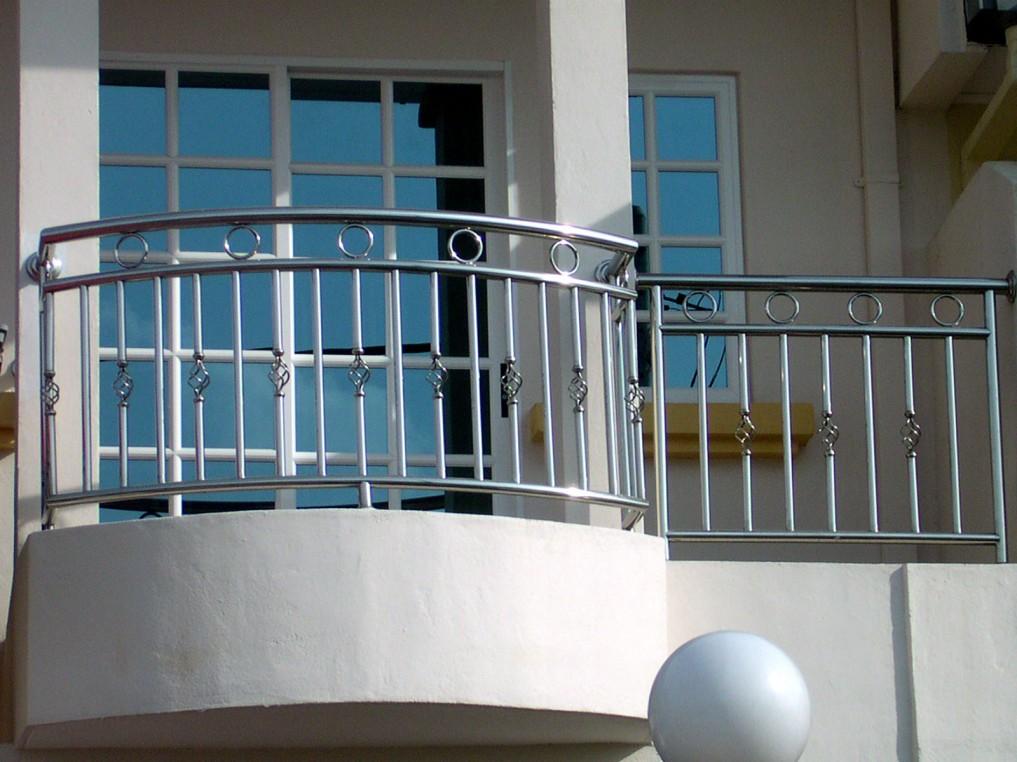 نرده استیل راه پله / شهر استیل عرضه کننده انواع نرده استیل حفاظ بانکی حفاظ شیک